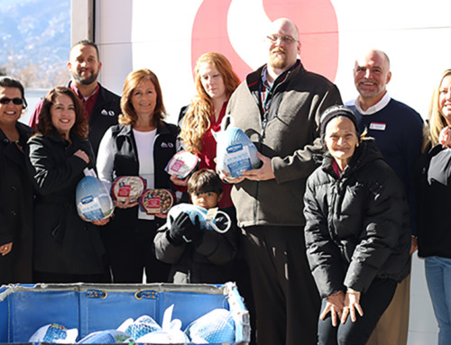 Safeway Delivers Thanksgiving Cheer to Families Served by Marian House